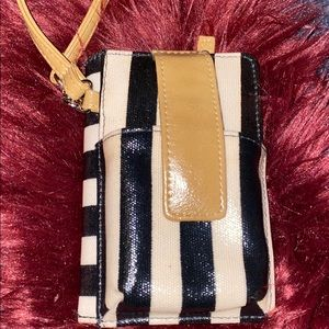Striped wristlet/ wallet